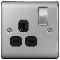 BG NBS21B Switched Single Socket 1G DP 13A Black Insert
