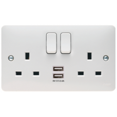 Hager Sollysta WMSS82USB Switched Double Socket DP with USB 13A