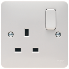 Hager Sollysta WMSS81 Switched Single Socket DP 13A